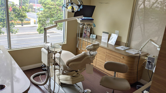 op 4 – Dental Practice Broker